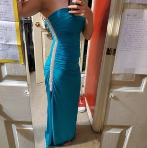 Long formal prom/date night dress